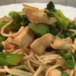Geslaagde improvisatie maaltijd: mie, kip, broccoli…