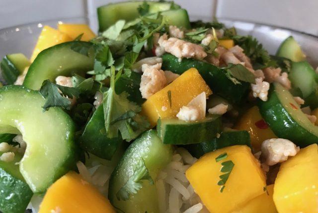 roerbak recept kipgehakt komkommer mango