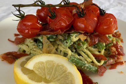 spaghetti met ricotta-pestosaus