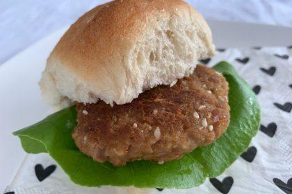Tonijnburgers met sojasaus en wasabi recept