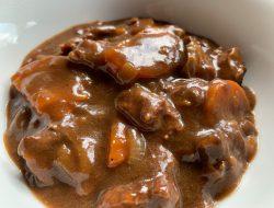 stoofpotje van rundvlees uit de Crock-Pot recept