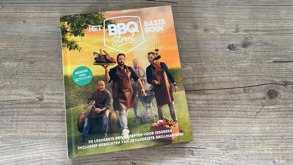 Het BBQSTREET Basisboek foto
